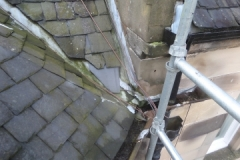 Defective OG gutter causing penetrating damp