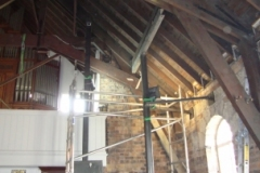 Supporting the roof timbers